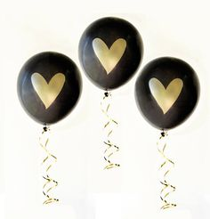Heart Balloons in black bring elegance to your dessert table. #elegantballoons #50th #60th #graduation #stagparty