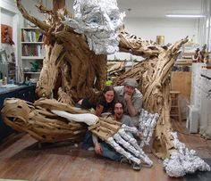 Seattle sculptress Kim Graham and her team made this amazing troll sculpture out of reclaimed lumber, discarded cardboard, and papier mach. Troll, Paper Mache Tree, Paper Art, Paper Crafts, Zebra Art, Cardboard Art, Paperclay, Puppets, Sculpture Art