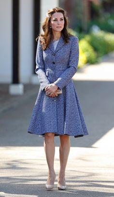 A duquesa de Cambridge aposta recorrentemente nesta cor, que, sem dúvida, a favorece.