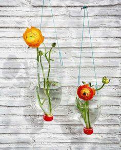 Reciclagem - garrafas pet = vasos de flor