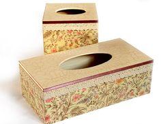 Las servilletas de mi alacena (pág. 147) | Aprender manualidades es facilisimo.com Tissue Box Covers, Tissue Boxes, Kleenex Box, Decoupage Box, Diy Gifts, Gifts For Women, Stencils, Coasters, Diy And Crafts