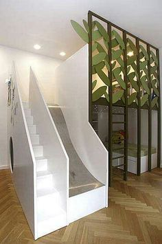 Room idea for kids that is so cool what if you had a staircase like that?!!?!?!??!!