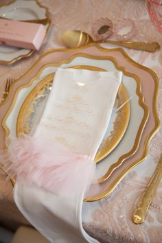 Pink-And-Gold-Tutu-Cute-Baby-Shower-Place-Setting