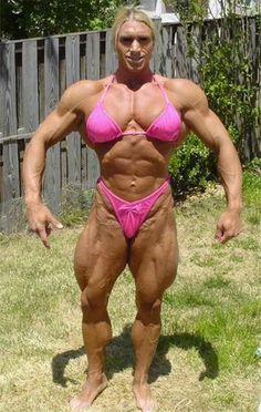 A collection of oddities that includes weird places, strange people, bizarre events, weird news, strange photos and other odd stuff from all around the world Jorge Guzman, Que Horror, Muscular Women, Big Muscles, Crazy People, Strange People, Nice Body, Bodybuilder, Being Ugly