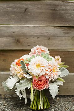 Outdoor Wedding With Vintage Decorations - Rustic Wedding Chic