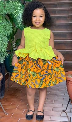Stylish Ankara Kids Style Source by leaticiasandrine Blouses Baby African Clothes, African Dresses For Kids, Dresses Kids Girl, Kids Outfits Girls, African Kids, Latest African Fashion Dresses, African Print Fashion, Modern African Fashion, Black Kids Fashion