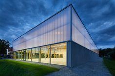 Ford Hagemeier Halle | Wannenmacher-Möller Architekten GmbH | Archinect