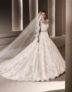 ROBY - Abito da sposa in stile principessa, di colore beige | La Sposa