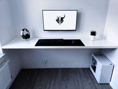 Amazing clean, white and minimalistic setup!