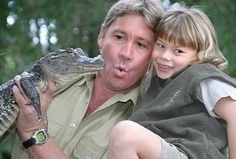 Bindi Irwin and her snakes   Photo Galleries and News Photos ...