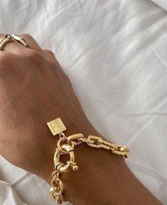 Cute Jewelry, Gold Jewelry, Jewellery, Jewelry Box, Jewelry Trends, Jewelry Accessories, Piercing, Bff Bracelets, Chunky Chain Necklaces