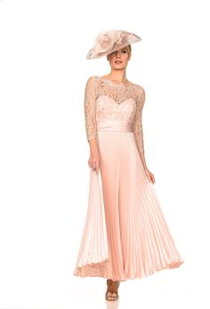 Collection 2 Mother Of Groom Outfits, Mother Of The Bride Dresses Long, Mothers Dresses, Chiffon, Mom Dress, Tea Length Dresses, Bridal Outfits, Dress And Heels, Designer Wedding Dresses