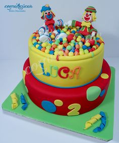Patati Patata Circus Cakes, Circus Theme Party, Colorful Cakes, Cupcakes, Childrens Party, Celebration Cakes, Biscuits, Birthday Cake, Candy