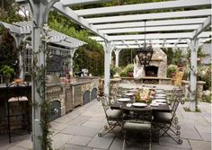 Victorian-inspired outdoor living area-Home and Garden Design Ideas
