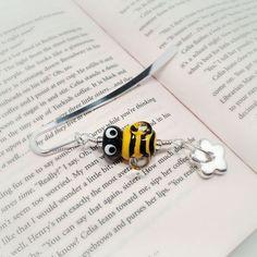 Bumble lampwork beaded bookmark. £10.00