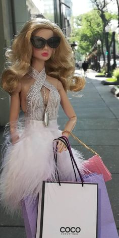 Now you can purchase doll and fashion Totally you toyce Barbie Mode, Bad Barbie, Barbie Dress, Barbie Clothes, Dress Up, Barbie Wedding, Barbie Party, Barbie Tumblr, Custom Barbie
