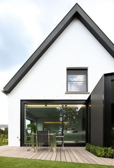 All about eaves Project: - Volt Architecten Modern Exterior, Exterior Design, House Cladding, House Extensions, Scandinavian Home, Residential Architecture, Architecture Details, Land Scape, Modern Farmhouse