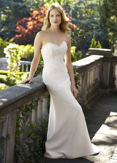 Thought you would love to see this gorgeous wedding dress. Ginger lea-ann Belter