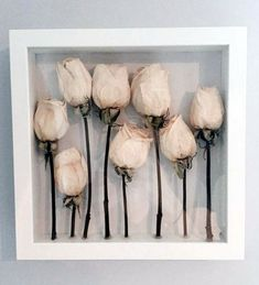 Dried bridal bouquet in shadow box display - a project that's easy to make with floral drying silica gel from Activa Products. Dried bridal bouquet in shadow box display - a project that's easy to make with floral drying silica gel from Activa Products. Flower Shadow Box, Diy Shadow Box, Flower Frame, Shadow Box Wedding, White Shadow Box, Deco Floral, Arte Floral, Diy Décoration, Diy Crafts