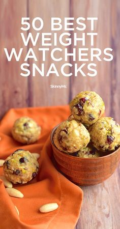 50 Best Weight Watchers Snacks is part of Weight watchers low point snacks - Don't break the point bank and try out these healthy Weight Watchers snacks with low point values! Weight Watcher Desserts, Weight Watchers Snacks, Plats Weight Watchers, Weight Watchers Meal Plans, Weight Watchers Smart Points, Weight Loss Snacks, Weight Watchers Reviews, Weight Watcher Breakfast, Weight Watcher Overnight Oats