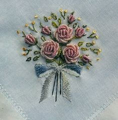 Getting to Know Brazilian Embroidery - Embroidery Patterns Embroidery Stitches Tutorial, Hand Embroidery Patterns, Embroidery Techniques, Embroidery Applique, Simple Embroidery, Silk Ribbon Embroidery, Brazilian Embroidery, Needlework, Decoration