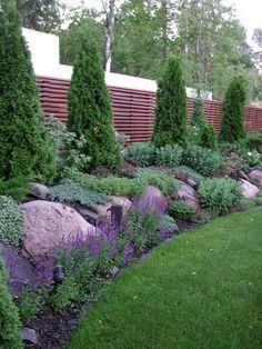 Green Garden, Garden Inspiration, Backyard Landscaping, Beautiful Gardens, Stepping Stones, Terrace, Planters, Home And Garden, Landscape