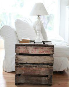 Holz Hocker Tisch Holzpaletten weißes Sofa Design