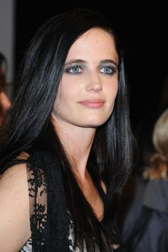 Eva Green Photos Photos - Actress Eva Green arrives at amfAR's second annual Cinema Against AIDS Rome at the Galleria Borghese on October 24, 2008 in Rome, Italy. - AmfAR's: Cinema Against AIDS Rome - Arivals