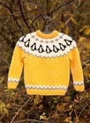 Islina Garn och Design (Islina Yarn and Design) - Pattern - PENGUIN - Icelandic knitted child sweater in Lettlopi - FREE Baby Knitting Patterns, Jumper Knitting Pattern, Knitting Kits, Knitting For Kids, Free Knitting, Knitting Books, Knitting Needles, Sweater Patterns, Stitch Patterns