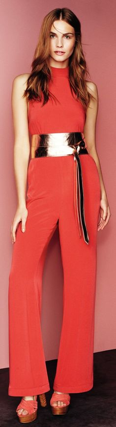 Read about the latest fashion trend for women: http://www.boomerinas.com/2015/02/24/7-womens-trouser-trends-wide-leg-pants-flared-bell-bottoms-palazzos-culottes/