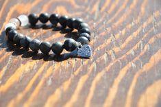 Mala bracelet Necklaces, Bracelets, Essential Oils, Website, Handmade, Diy, Beautiful, Jewelry, Hand Made