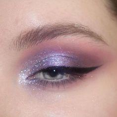 Bold Eye Makeup, Eye Makeup Brushes, Eye Makeup Art, Eye Makeup Remover, Skin Makeup, Eyeshadow Makeup, Beauty Makeup, Beauty Nails, Beauty Skin