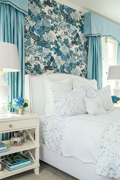"Beach Blue ""Boone"" Painterly Bedding from Biscuit Home // Schumacher Chiang Mai Dragon Wallpaper Bedroom design by Bailey McCarthy Coastal Bedrooms, Guest Bedrooms, Luxurious Bedrooms, Home Bedroom, Bedroom Furniture, Master Bedroom, Bedroom Decor, Biscuit Home, Bedroom Turquoise"