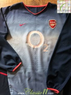 7ca4ae837 Relive Arsenal s 2002 2003 season with this vintage Nike away long sleeve  football shirt.