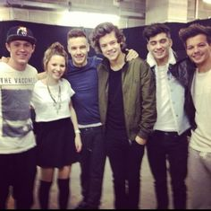 The boys with a fan Imagine a pic like these with them :) i would die