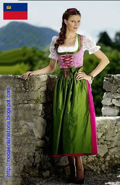 A dirndl is a type of traditional dress worn in Germany – especially Bavaria – Switzerland, Liechtenstein, Austria and South Tyrol, based on the historical costume of Alpine peasants. Moderne Outfits, Beer Girl, Dirndl Dress, Nice Dresses, Summer Dresses, The Dress, Traditional Dresses, Couture, Curvy Fashion