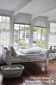 I love the bed and natural light in the room...