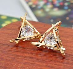 Mode prachtige driehoek pierced crystal zircon oorbellen voor vrouwen oorstekers geschenken gratis verzending