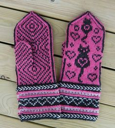 Stricken Colorcat Mittens pattern by Connie H Design – Stricken Fingerless Mittens, Knit Mittens, Knitted Gloves, Knitting Socks, Knitting Charts, Knitting Patterns, Crochet Patterns, Knit Crochet, Crochet Hats