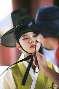Kim You Jung, Moonlight Drawn By Clouds, Bo Gum, Drama Movies, Korean Beauty, Riding Helmets, Kdrama, Cowboy Hats, Park