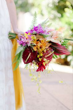 Tropical Backyard, Wedding Bouquets, Real Weddings, Table Decorations, Color, Home Decor, Decoration Home, Room Decor, Wedding Flowers