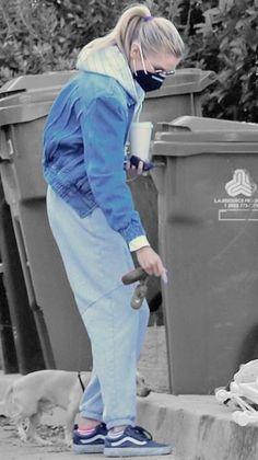 Stella Maxwell in Los Angeles, California on Saturday 30/01/2021 #VeronicaTasmania Mena Suvari, Stella Maxwell, Off Duty, Veronica, Color Splash, Normcore, Product Description, California, Street Style