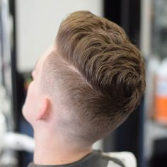Haircut by warrentoddhair http://ift.tt/249p5IT #menshair #menshairstyles #menshaircuts #hairstylesformen #coolhaircuts #coolhairstyles #haircuts #hairstyles #barbers
