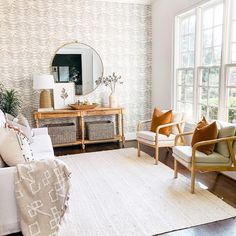 Maui Jute Braided Off White Rug Braided Area Rugs, Rugs Usa, Buy Rugs, Jute Rug, Round Rugs, Contemporary Rugs, Natural Rug, White Area Rug, Rugs In Living Room