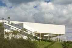 Galeria House / MACh Arquitetos.  Nova Lima, MG, Brasil.