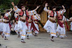 edition of FS under Kralova hola in Liptovská Teplička Tribal Dress, Wedding Costumes, European Countries, Folk Costume, World Of Color, Body Modifications, Festival Wear, Czech Republic, Traditional Dresses