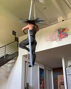 Aerial Gymnastics, Gymnastics Videos, Gymnastics Workout, Aerial Acrobatics, Aerial Dance, Aerial Silks, Aerial Hammock, Aerial Hoop, Aerial Arts