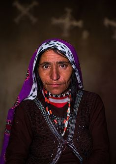 Afghan woman by Eric Lafforgue