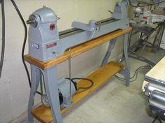 Delta Manufacturing Co. - 46-460 lathe