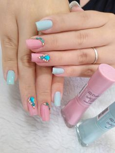 Discover the 10 most popular nail polish colors of all time! - My Nails Perfect Nails, Gorgeous Nails, Love Nails, Pretty Nails, My Nails, Classy Nail Designs, Nail Art Designs, Nail Salon Design, Basic Nails